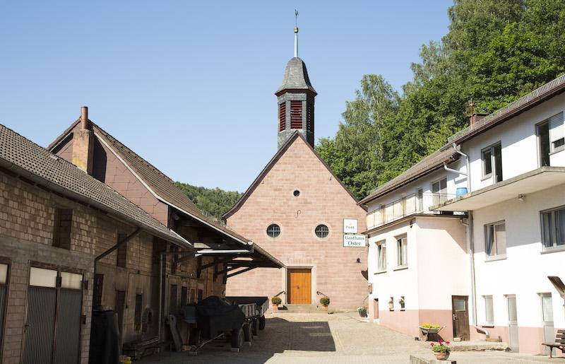 kirchenraum evangelisch katholisch
